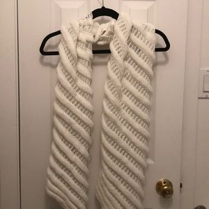 white betsy johnson winter scarf - NEVER WORN
